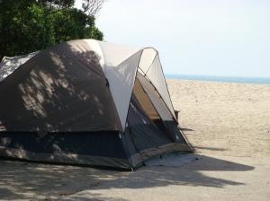 beach-camping
